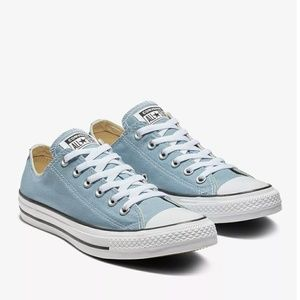 NWT Converse Chuck Taylor All Star Blue Low Top